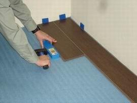 В процессе монтажа следует использовать подложку, являющуюся дополнительным изоляционным слоем