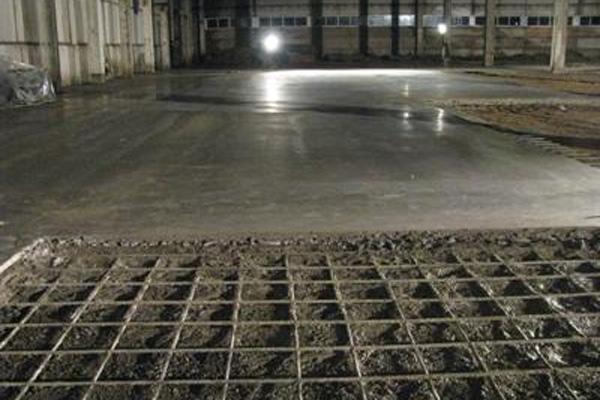 армированный бетонный пол