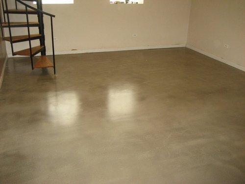 Финишные покрытия отличаются гладкостью и ровностью получаемой с их помощью поверхности.