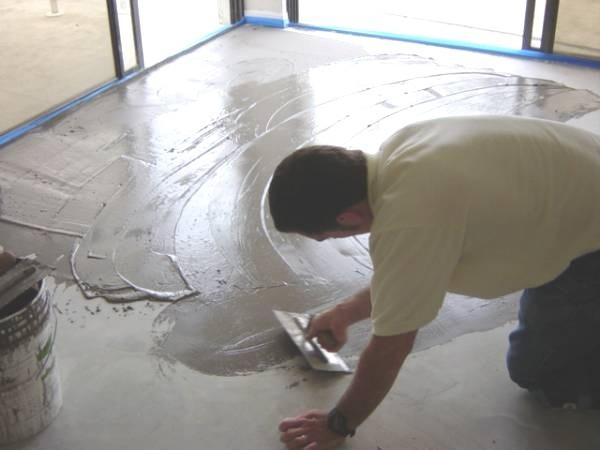Применение смеси должно происходить на подготовленную поверхность